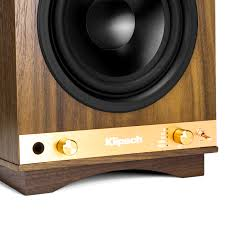 Best Looking Speakers The Sixes Powered Bookshelf Speakers Klipsch