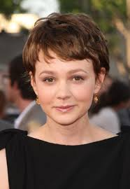 julianna margulies new hair cut 40 of carey mulligan s most adorable hair makeup looks huffpost