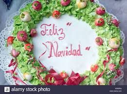 feliz navidad decorated and iced cake for sale in mexico