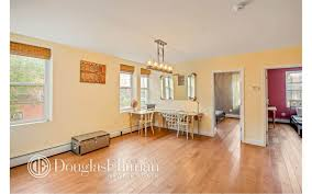 Pioneer Laminate Flooring Brooklyn Apartments For Rent In Red Hook At 130 Pioneer Street