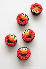 elmo cupcakes i heart baking elmo cupcakes
