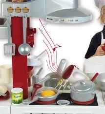 bruitage cuisine destockage miele cuisine n 1 avec toque et tablier pour enfant
