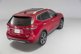 2017 nissan rogue black 2017 nissan rogue hybrid goes on sale starts from 26 240