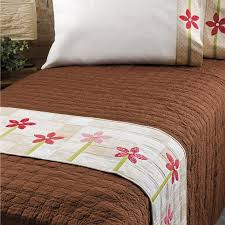 free thanksgiving quilt patterns bed runner and pillowcase free accuquilt patterns easy piecing