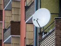 satellitensch ssel f r balkon sat schã ssel auf balkon 100 images balkon2 328056a jpg