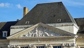 chambre des metier orleans chambre des metier orleans beautiful la place du martroi statues et