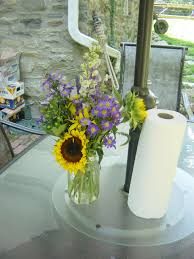 Easy Centerpieces Whimsical Welcomes Floral Design Backyard Bbq How To Make Easy