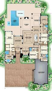 mediterranean house plans with courtyards best 25 mediterranean house numbers ideas on pinterest