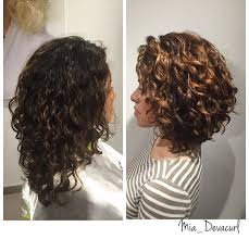 why is my hair curly in front and straight in back curly bob maybe is my hair thick enough style and health