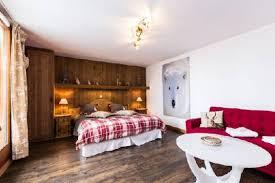 chambre d hote alpes d huez chambres d hotes au coeur de l alpe d huez dans un chalet hotelier