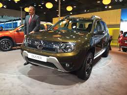 renault duster 2017 automatic 2016 renault duster facelift with amt launched indian cars bikes