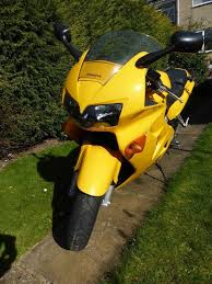 honda vfr800 fi w reg 2000 in north anston south yorkshire