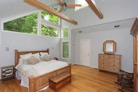 Master Bedroom Ceiling Fans by Traditional Master Bedroom With Ceiling Fan U0026 Hardwood Floors In