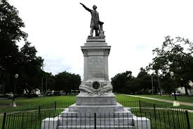 New Orleans Flag In New Orleans Confederate Monuments Are Finally Gone New York Post