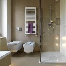 kleine badezimmer beispiele sehr kleine badezimmer attraktive mit den richtigen tricks wirkt