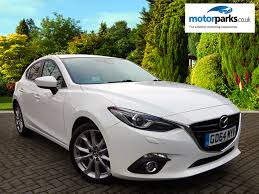 volvo hatchback 2015 used volvo v40 cross country blue volvo gatwick cars for