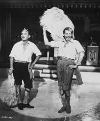 classic christmas movies still of bing crosby and danny kaye in white christmas love this