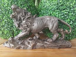 lion figurine lion figurine veronese wu68793a1 global replicas