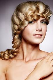 Sch E Hochsteckfrisurenen Mittellange Haare by Schöne Flechtfrisur Im Lace Braid Stil Flechtfrisuren Für Lange
