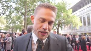 how to get thecharlie hunnam haircut who is charlie hunnam his journey from heaton manor to hollywood