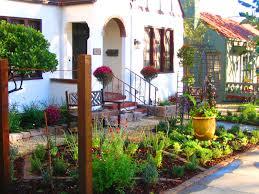 outdoor and patio charming small backyard vegetable garden ideas