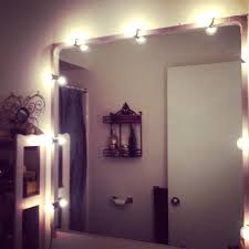 Bathroom Mirror Lights by Battery Operated Bathroom Mirror Lights Home Decorating