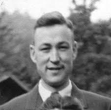 August, * 26.April 1924, † ca. 1978 in Wickenrode oo 1951 mit Anneliese Jung, sie haben 6 Kinder. - August%2520Simon%2520jun
