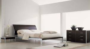 Off White Walls by Impressive Decorating Ideas With White Walls With White Lamp And