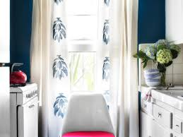 How To Hang A Drapery Scarf by 7 Window Treatment Trends And Styles Diy