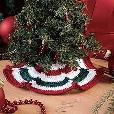 craftdrawer crafts skirting the christmas tree crochet a