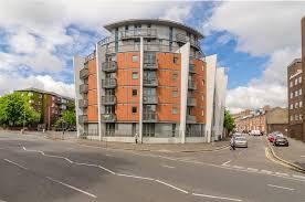 1 Bedroom Flat Belfast 4 7 117 Lisburn Road Belfast Bt9 7af 1 Bed Apartment 640 Pcm