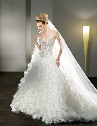 sweetheart ball gown wedding dress with huge skirt sang maestro