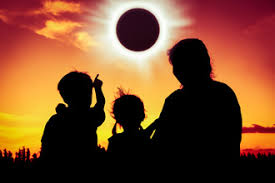Can You Go Blind By Looking At The Sun Solar Eclipse And Your Eyes