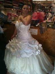 essayage robe de mari e essaie 2 robe mariée essayage robe pom34 photos club