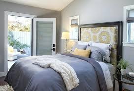 bedding throw pillows bedroom throw pillows collection of throw pillows on bed stock