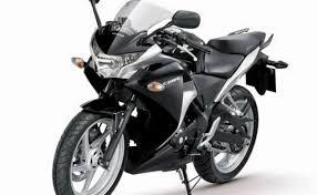 honda cbr black price rent a honda cbr 250 in mumbai thrillophilia