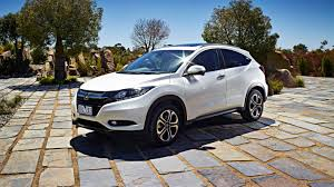 crossover honda honda hr v 2015 new crossover announced chasing cars