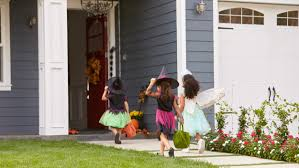 background behind halloween canadian town bans teens over 16 from trick or treating today com