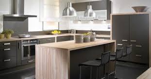 idee cuisine ilot central cuisine à ilot central retenir l idée de l avancée pour s asseoir
