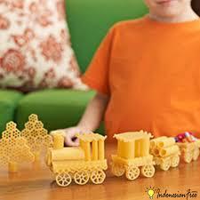 membuat mainan edukatif dari kardus cara buat mainan dari kardus bekas setelan bayi
