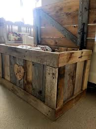 Diy Large Wooden Toy Box by Best 25 Hope Chest Ideas On Pinterest Toy Chest Rogue Build