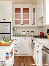 small cottage kitchen design ideas best 25 small cottage kitchen ideas on cottage