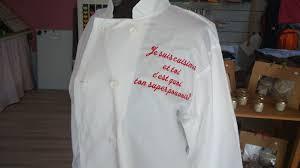 broderie cuisine un message très personnel brodé sur une veste de cuisine commande