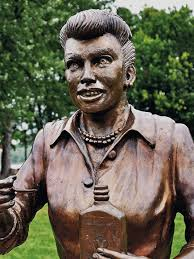 lucille ball scary lucy statue to be replaced in star u0027s hometown
