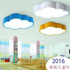 plafonnier pour chambre à coucher plafonnier pour chambre plafonnier enfant en forme de nuages de
