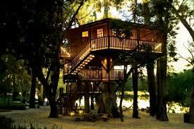 chambre cabane dans les arbres salle de bain ouverte dans chambre 18 une cabane dans les arbres