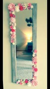 ideas for decorating a mirror frame