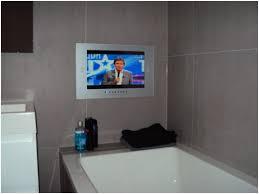 fernseher fürs badezimmer fernseher fürs badezimmer richtig badezimmer tv beispiele