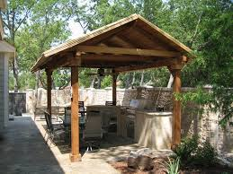 Outdoor Kitchen Roof Ideas by Wonderful And Simple Outdoor Kitchen Ideas Amazing Outdoor