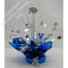 make your own graduation party centerpieces with this grad cap